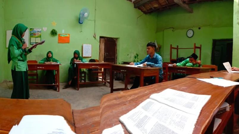 Ujian Praktek Bahasa Indonesia